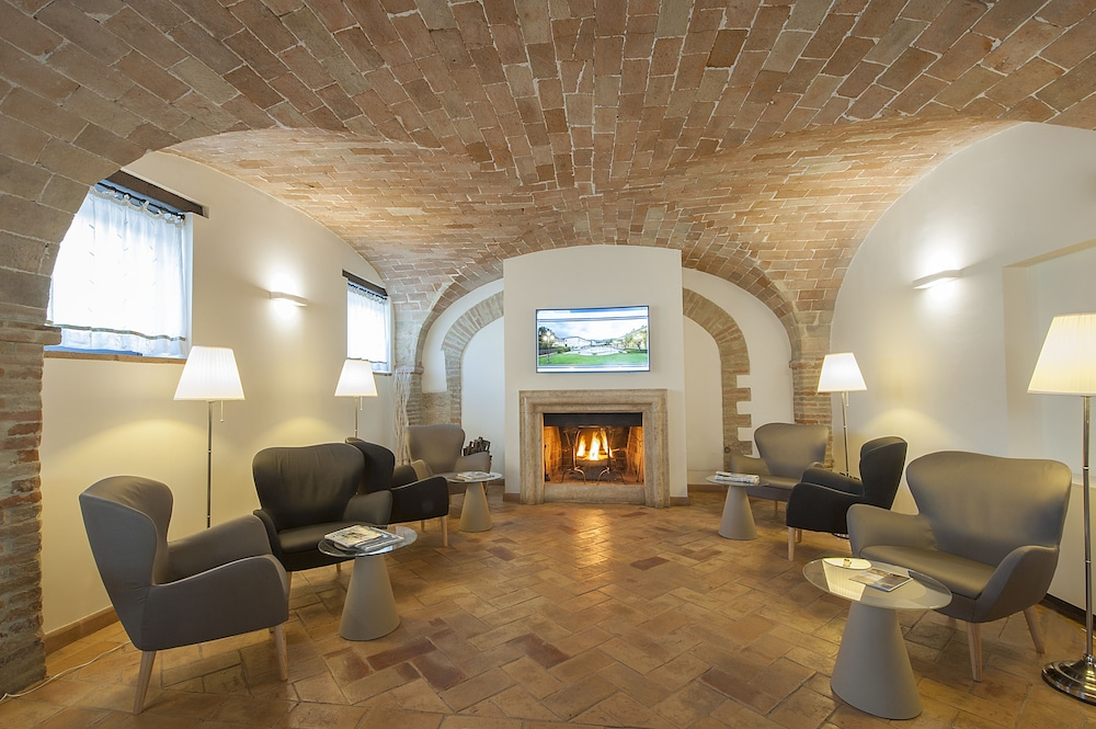 Executive Lounge, Relais dell'Olmo