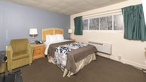 Premium bedding, down comforters, desk, laptop workspace