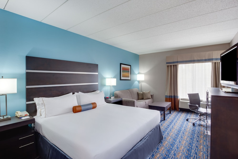 Room, Holiday Inn Express I-95 Capitol Beltway-Largo, an IHG Hotel