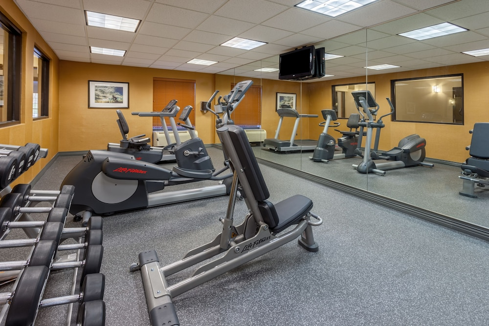 Fitness Facility, Holiday Inn Express I-95 Capitol Beltway-Largo, an IHG Hotel