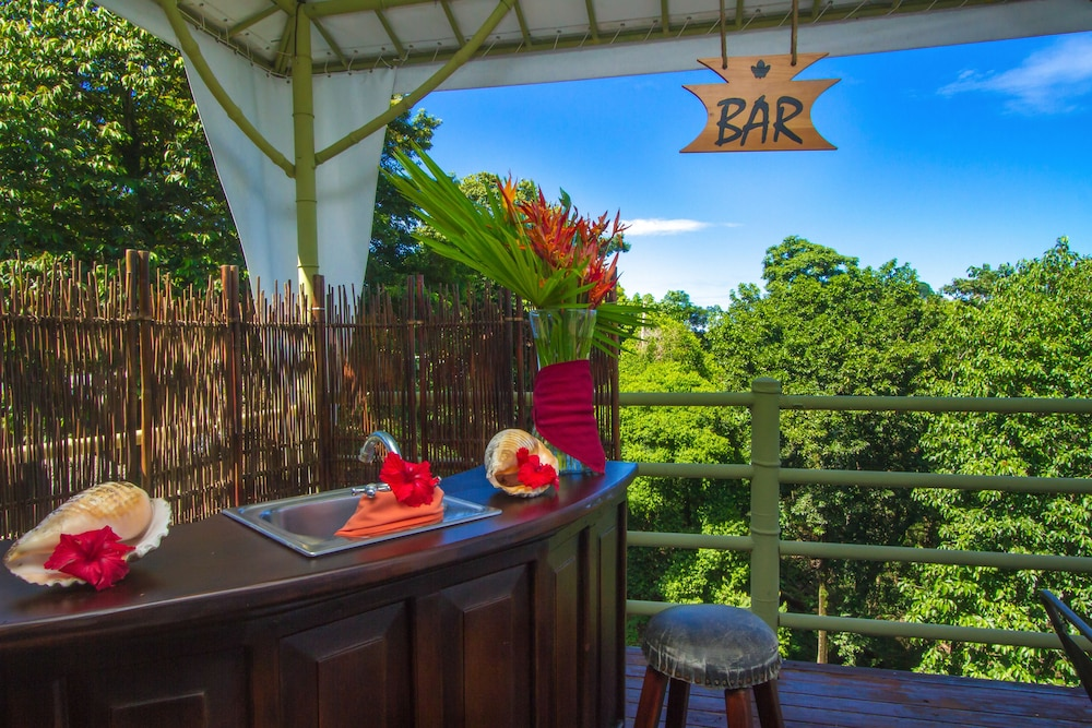 Bar, Issimo Suites Boutique Hotel & Spa - Adults Only