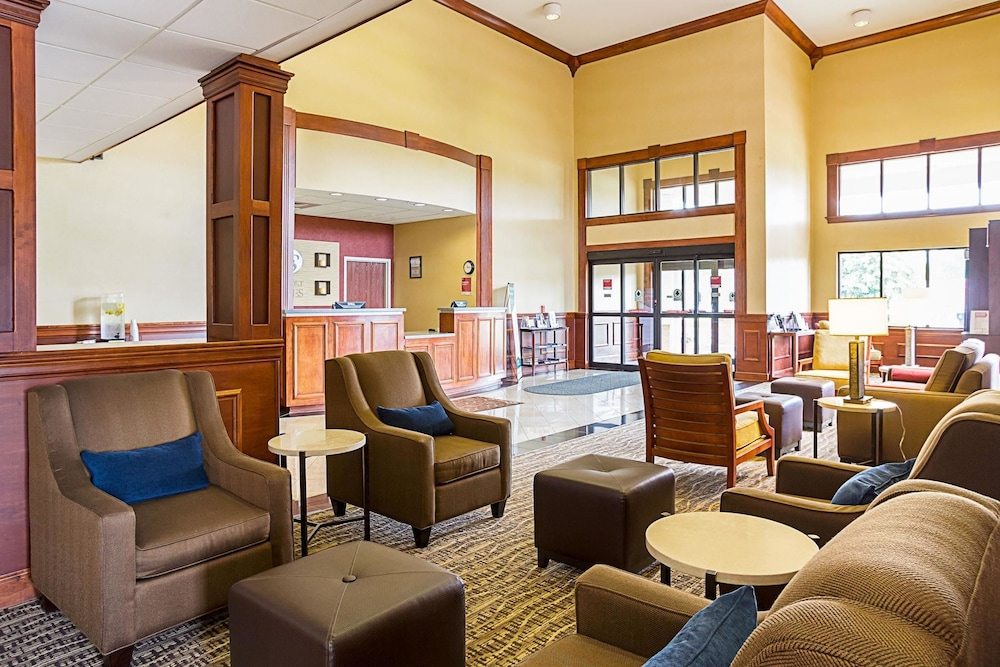 Comfort Suites Twinsburg 2018 Room Prices From 89 Deals Reviews Expedia
