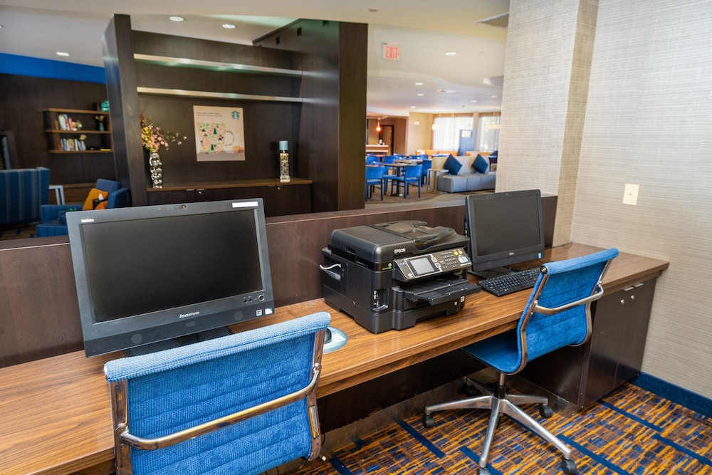 Business Center, Courtyard by Marriott Kingston