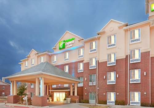 Holiday Inn Express Hotel & Suites Dallas-Grand Prairie I-20