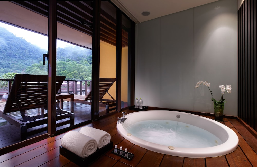 Private Spa Tub, Hotel Royal Chiaohsi