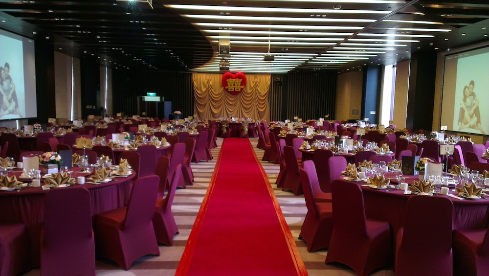 Banquet Hall, Hotel Royal Chiaohsi