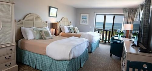 Room, Sandbars Inn