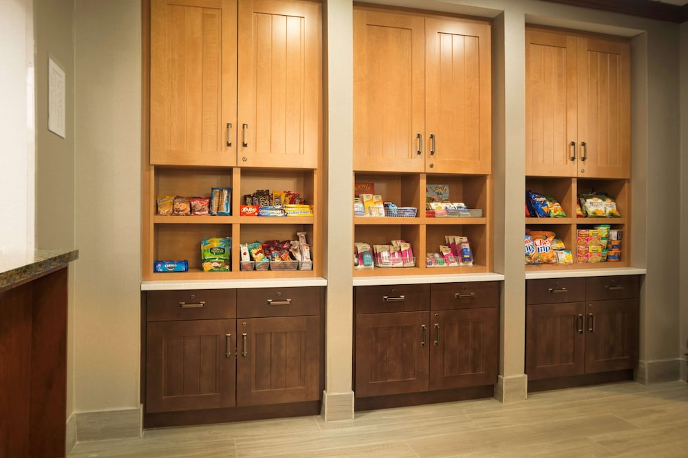 Snack Bar, Homewood Suites by Hilton Ontario-Rancho Cucamonga