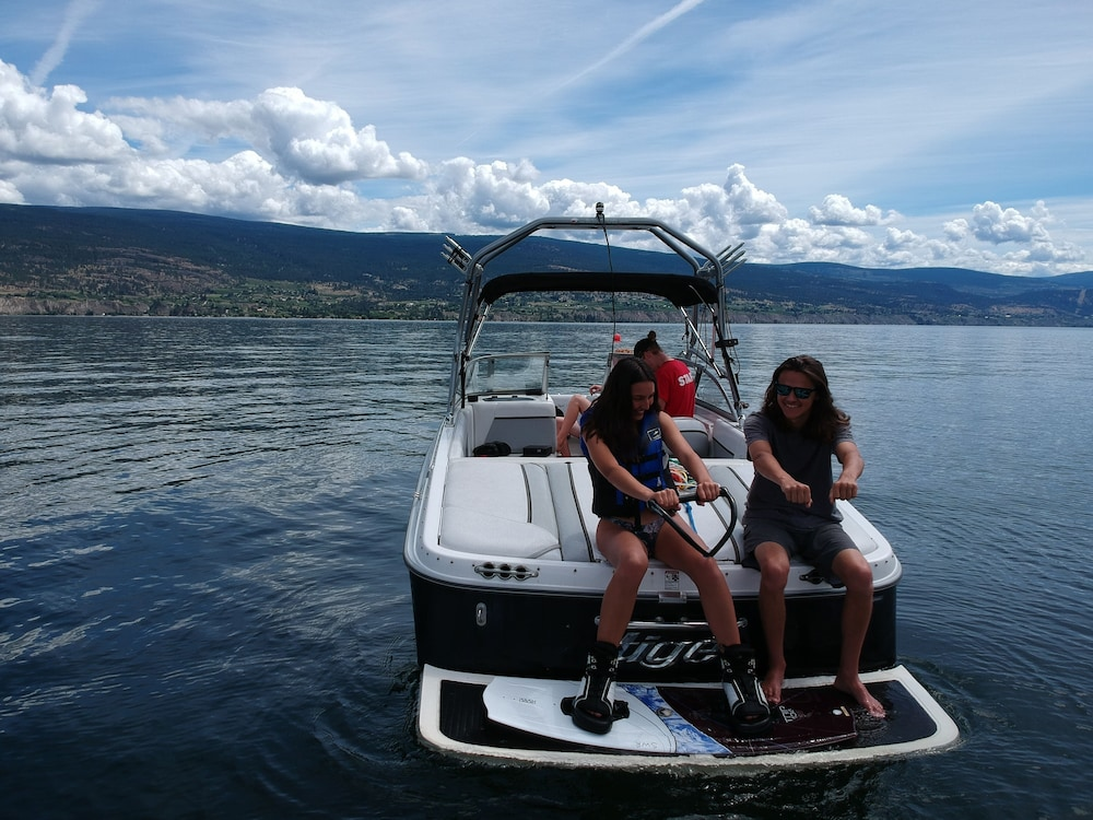 Boating, Summerland Waterfront Resort & Spa