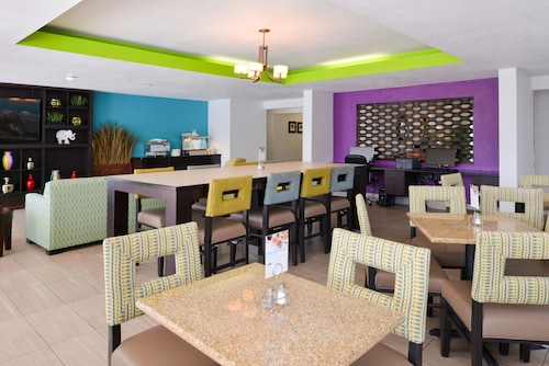 Holiday Inn Express & Suites Florida City