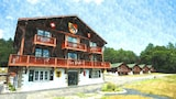 Swiss Chalets Village Inn - Intervale Hotels
