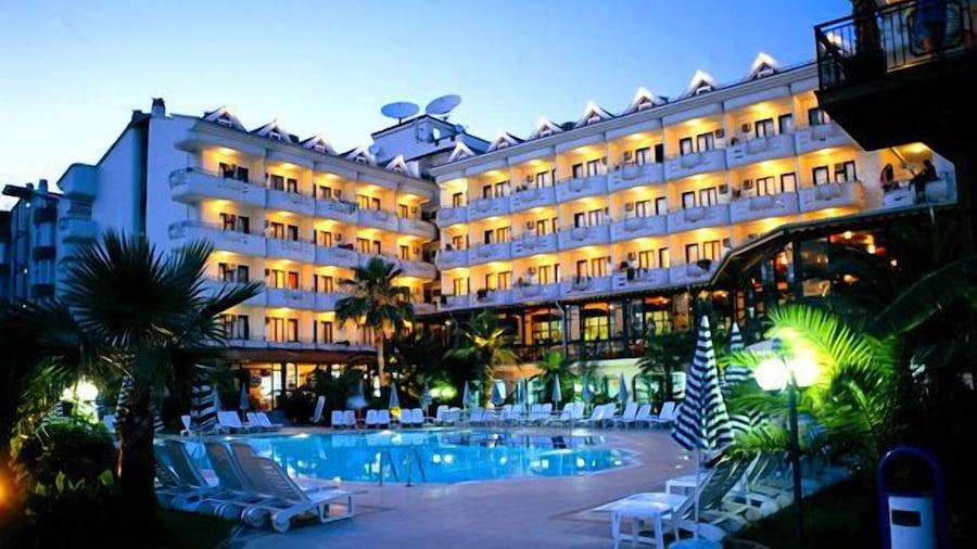 Club Hotel Pineta - All Inclusive