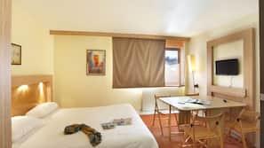 Chambres insonorisées, Wi-Fi gratuit, draps fournis