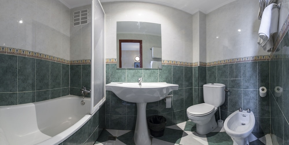 Bathroom, Hotel Bárbara