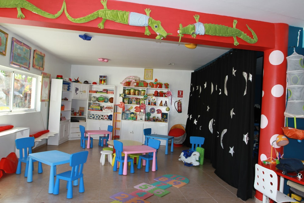 Children's Area, Lifestyle Crown Residence Suites - All Inclusive