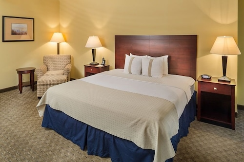 Great Place to stay Holiday Inn Augusta West I-20 near Grovetown