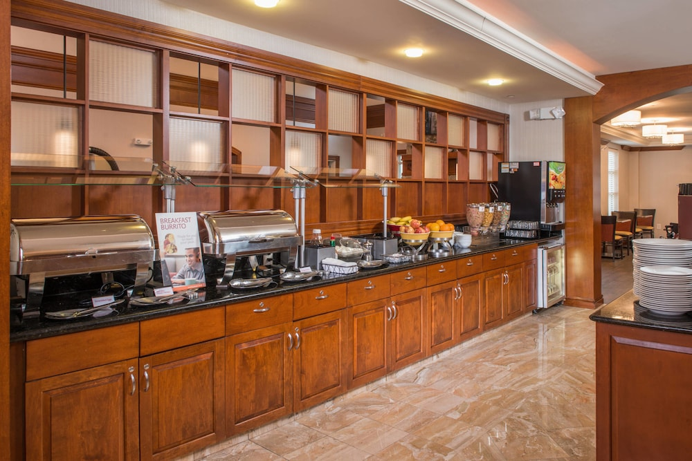 Restaurant, Residence Inn by Marriott Dulles Airport At Dulles 28 Centre