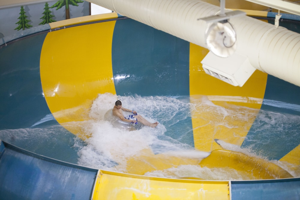 Waterslide, Great Wolf Lodge Pocono Mountains, PA