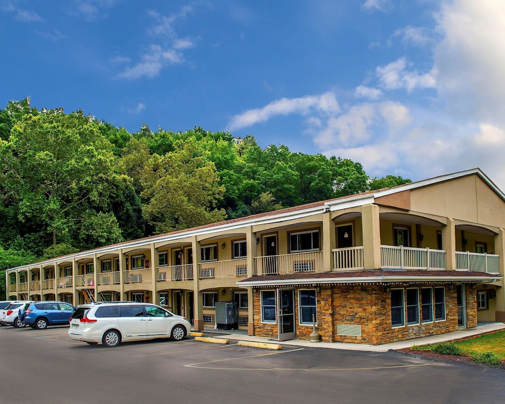 Featured Image, Econo Lodge Jefferson Hills Hwy 51
