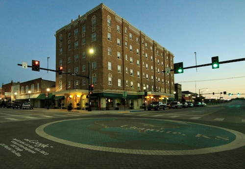 Great Place to stay Nest Extended Stay Hotel - Chanute near Chanute