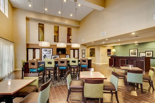 Hampton Inn & Suites - Cape Coral/Fort Myers Area