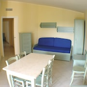 Suite (for six people) - Guestroom