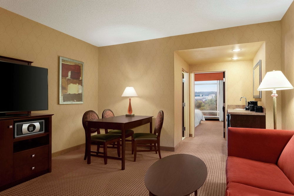 Room Amenity, Embassy Suites by Hilton Huntsville Hotel & Spa