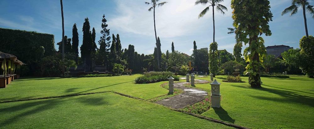 Garden, White Rose Kuta Resort, Villas & Spa