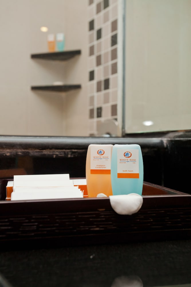 Bathroom Amenities, White Rose Kuta Resort, Villas & Spa