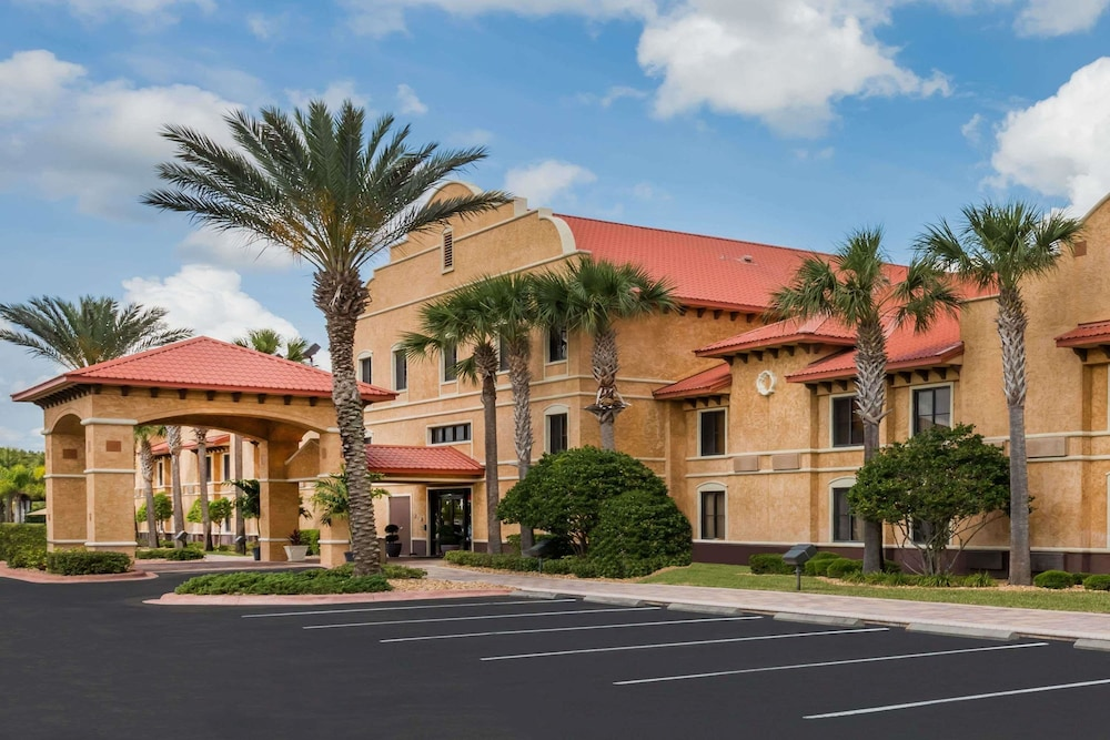 Front of Property, Clarion Inn Ormond Beach at Destination Daytona