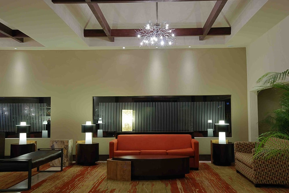 Lobby Sitting Area, Wyndham San Jose Herradura Hotel & Convention Center