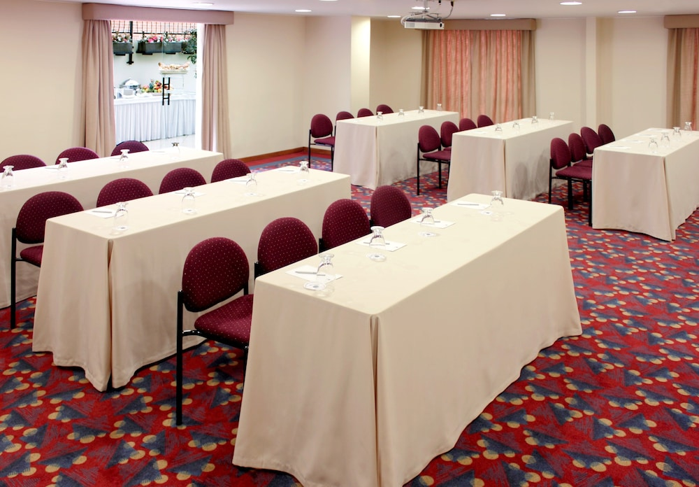 Meeting Facility, Hotel Estelar Suites Jones