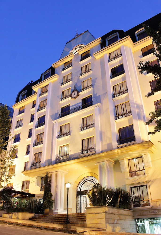 Front of Property - Evening/Night, Hotel Estelar Suites Jones