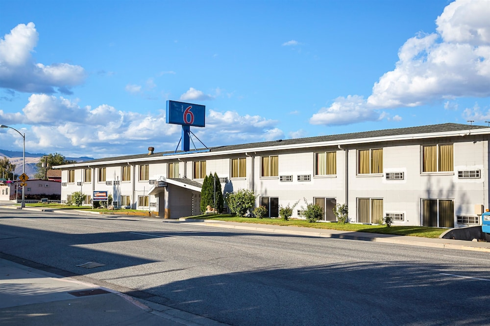motel 6 wenatchee wa reviews photos rates. Black Bedroom Furniture Sets. Home Design Ideas