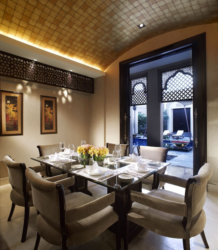 In-Room Dining, Al Areen Palace And Spa By Accor
