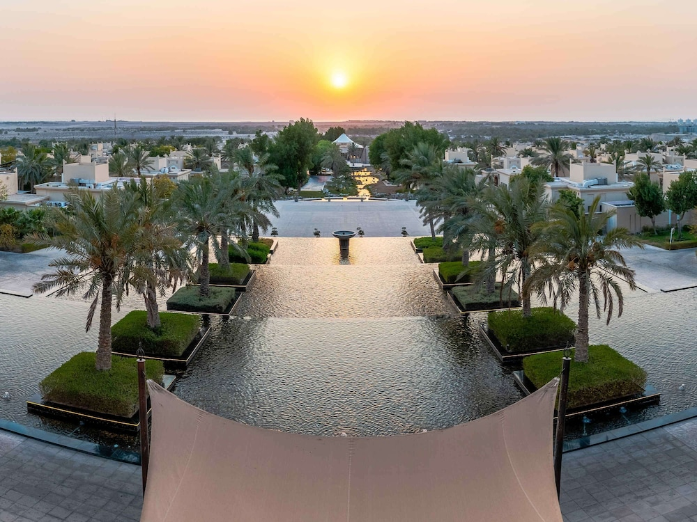 Exterior, Al Areen Palace And Spa By Accor