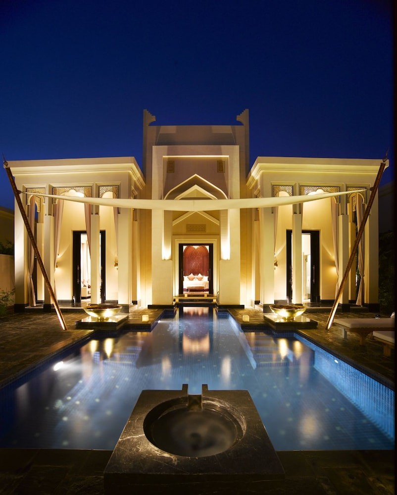 Outdoor Pool, Al Areen Palace And Spa By Accor