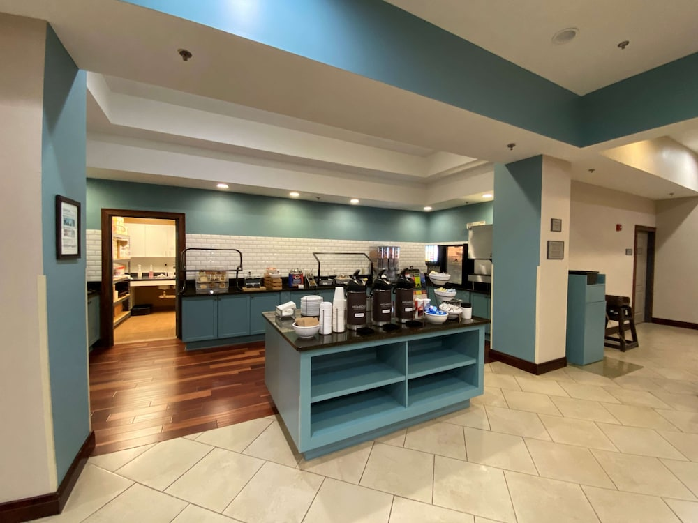 Breakfast Area, Country Inn & Suites by Radisson, Athens, GA
