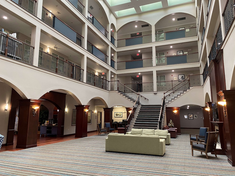 Lobby, Country Inn & Suites by Radisson, Athens, GA