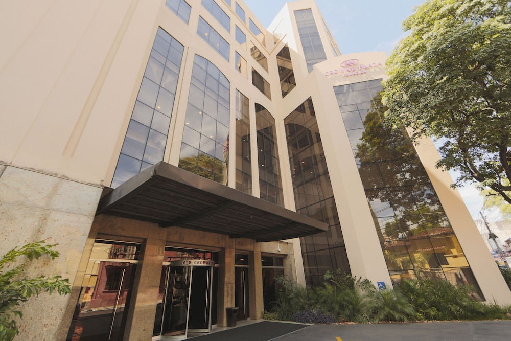 Featured Image, Crowne Plaza Asuncion