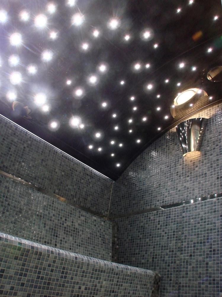 les terrasses de saumur hotel spa deals reviews saumur fra wotif. Black Bedroom Furniture Sets. Home Design Ideas