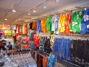 Gift Shop, Six Flags Lodge & Indoor Waterpark