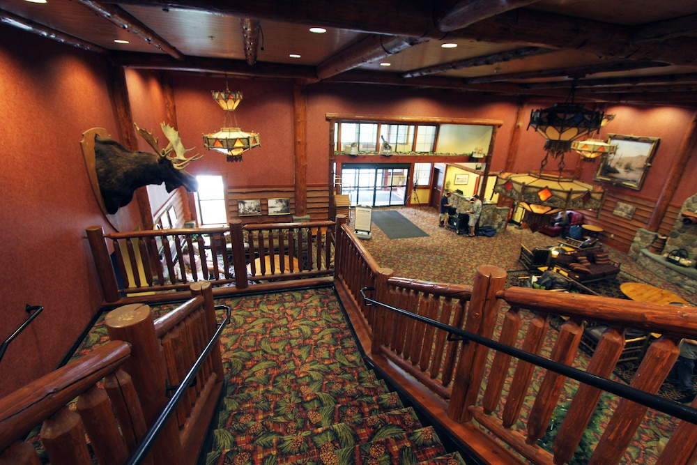 Staircase, Six Flags Lodge & Indoor Waterpark