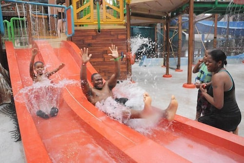 Waterslide, Six Flags Lodge & Indoor Waterpark