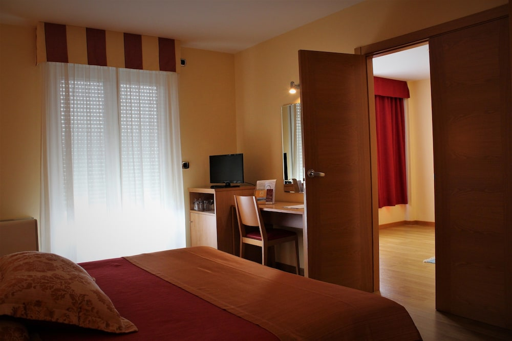 Room, Playa de Laxe