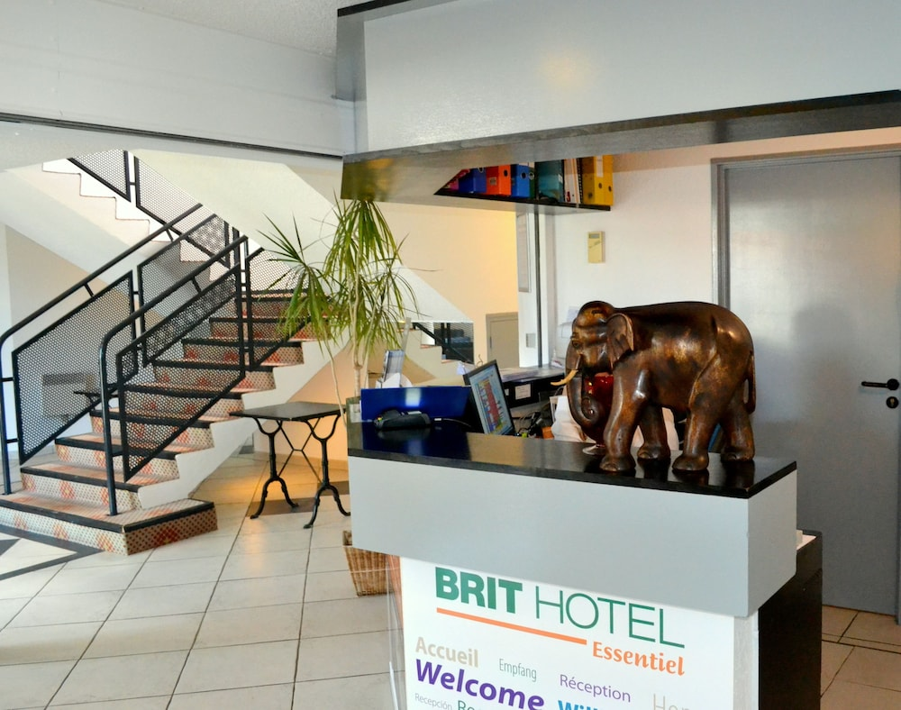 brit hotel tours nord reviews photos rates. Black Bedroom Furniture Sets. Home Design Ideas