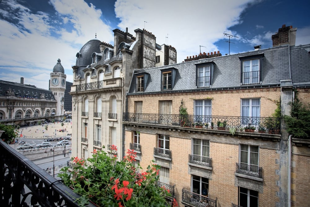 Hotel Palym In Paris Hotel Rates Reviews On Orbitz