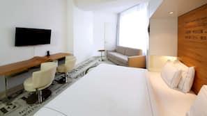 防过敏的被褥、客房内保险箱、办公桌、隔音