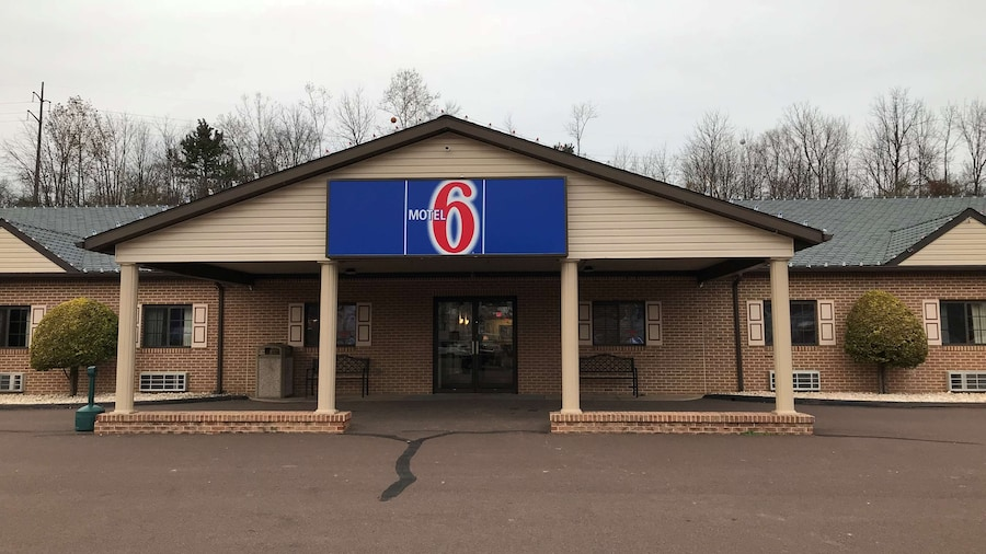 Motel 6 Bloomsburg, PA