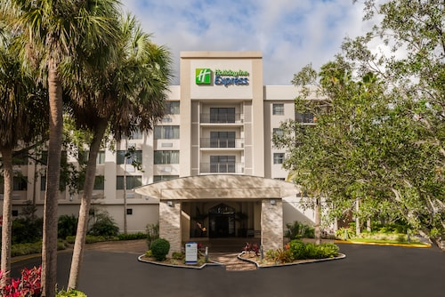 Holiday Inn Express Hotel & Suites Ft. Lauderdale-Plantation, an IHG Hotel